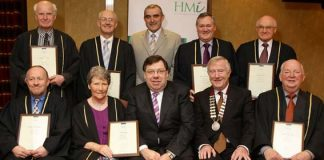An Taoiseach presents Fellowships to HMI Members