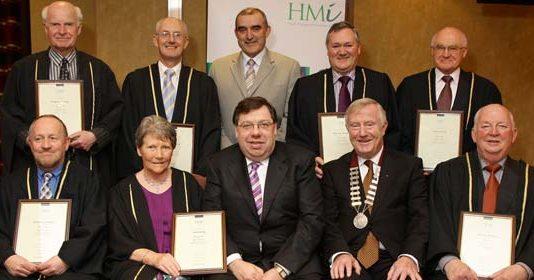 An Taoiseach presents Fellowships to HMI Members