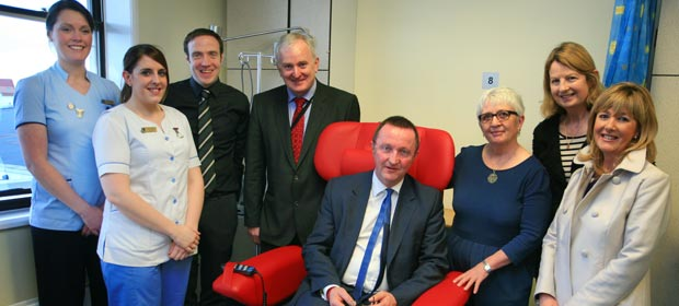 Nurses Alice Smullen and Carol Duggan, Paul Troy (Nurse Manager), Liam Duffy,  (Beaumont Hospital CEO) Don Nugent (Ross Nugent Foundation), Dr Susan O'Reilly (National Director, National Cancer Control Programme), Mary O'Reilly (Ross Nugent Foundation) and Sandra Nugent (Ross Nugent Foundation) at the official opening of improved facilities for treatment of cancer patients at Beaumont Hospital.
