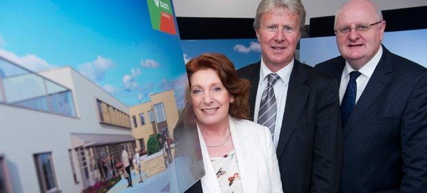 Dr. Eamonn Moloney Executive Clinical Director HSE Cork South Mental Health Services, Ms. Kathleen Lynch TD Minister of State at the Department of Health and Mr. Pat Healy, Regional Director of Operations, HSE South  pictured as construction begins on the new 50 bed Mental Health In-Patient Unit at CUH.