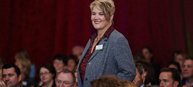 Winner of HMI Leaders Award 2015: Dr. Alison Dougall, Dublin Dental Hospital