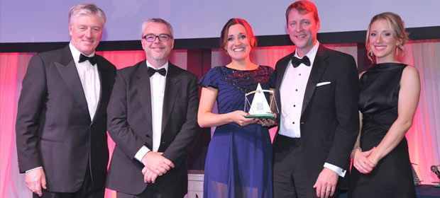 From left, Pat Kenny, MC at the Helix Health Pharmacist Awards, Rory O'Donnell, President of the Pharmacy Benevolent Fund, Ciara McManamly, Tallaght Hospital; Todd Manning from Abbvie and Jennifer Hughes, Director of Marketing Helix Health.